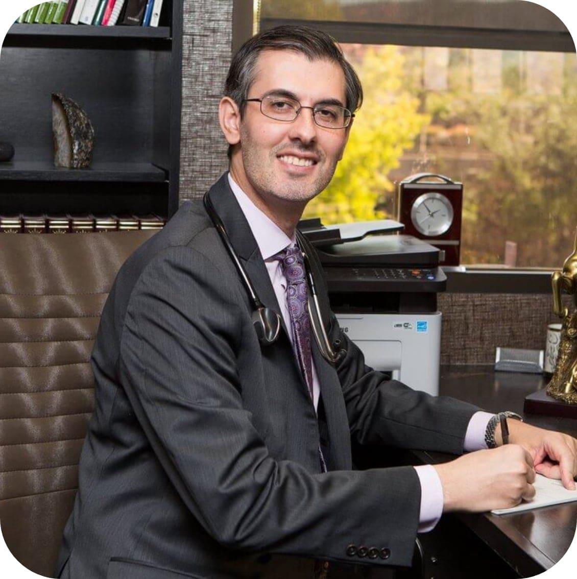 Dr. Shariar Cohen